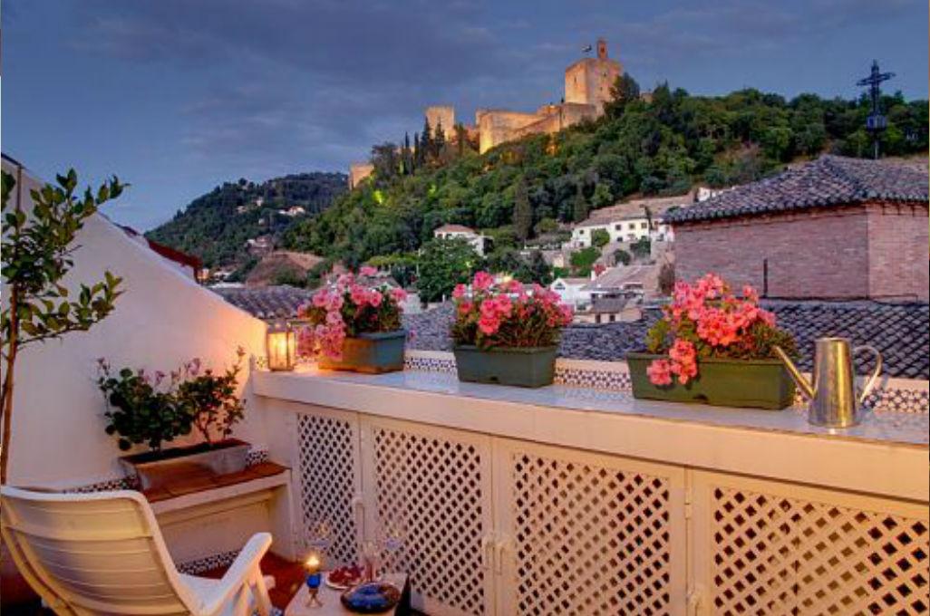 penthouse con terraza privada y vista alhambra