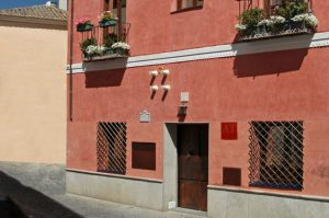 Fachada Casa Roja (planta baja y primera planta)